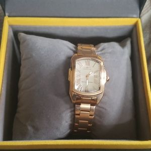 Never worn Invicta rose gold womens watch
